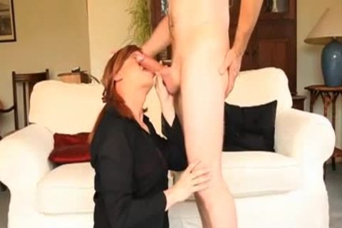 Crossdresser prostitute Luci May Has giant cock