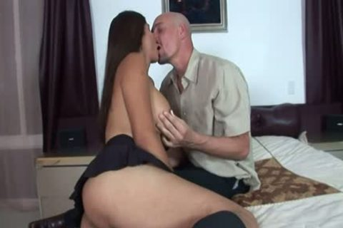 Even Though Vaniity only Has To Babysit On The Weekends, Her Boss Has