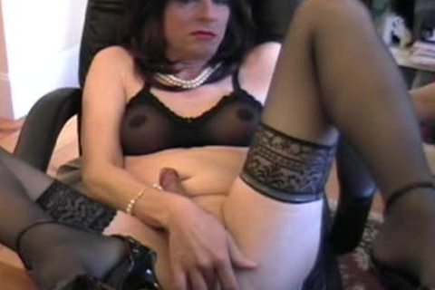 Donna Queen receives impure whilst Camming one more time