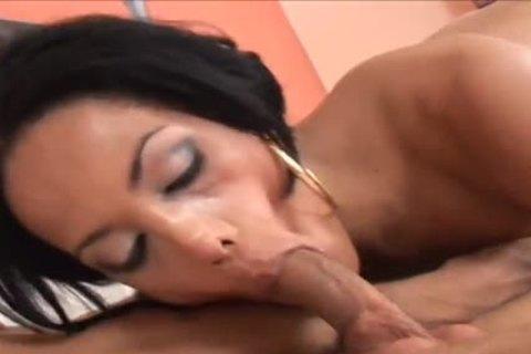 Isabelly Ferraz receives anal fucked