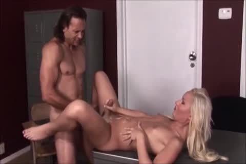 Khloe Hart Is drilled