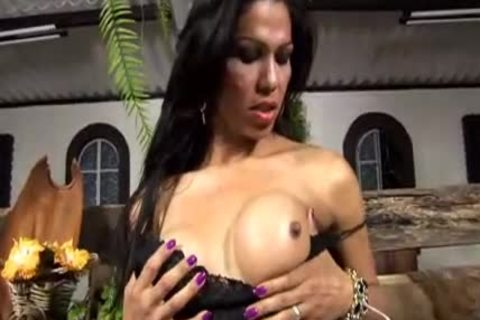 Suzanny toying And jerk offing